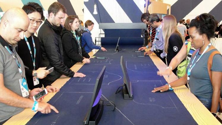 Google y Levi's trabajan en creación de pantalones inteligentes capaces de controlar móviles (Video)