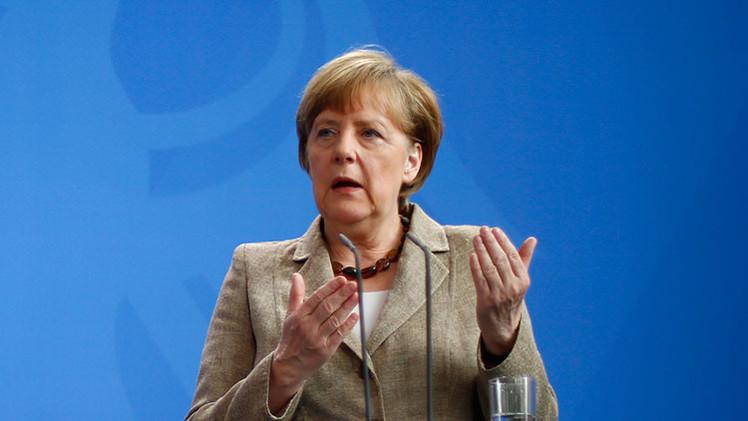 Merkel insta a crear una zona de libre comercio con EE.UU.
