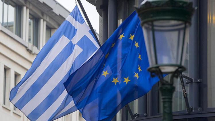 Stratfor: EE.UU. y UE prestarán dinero a Grecia para arruinar los planes de Rusia