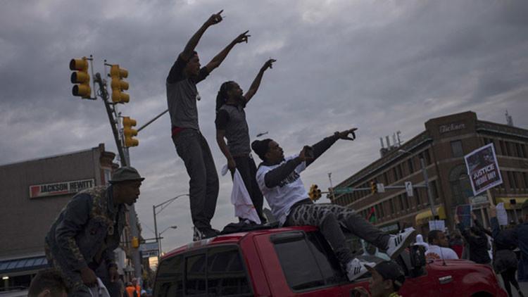 ¿Cómo medios de Occidente cubrieran Baltimore si se tratara de otro rincón del mundo?