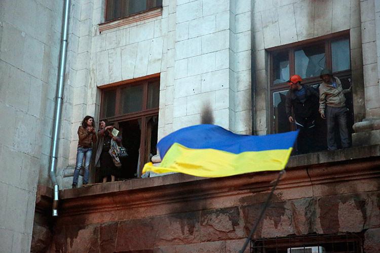 """""""Gritaban 'Gloria Ucrania' y rompían cabezas a los heridos"""": La masacre de Odesa cumple un año"""