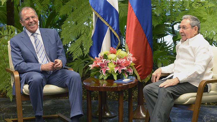 Serguéi Lavrov y Raúl Castro