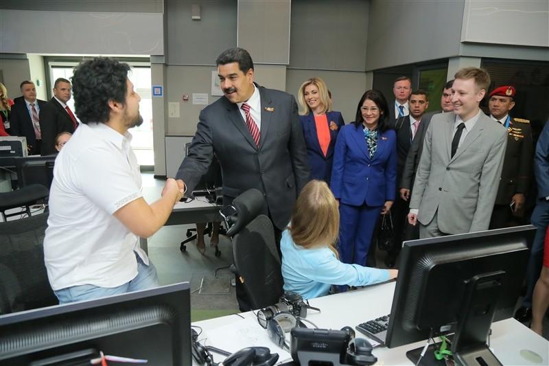 Maduro visita RT