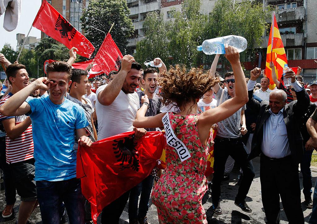 La oposición se manifiesta en la capital de Macedonia, Skopie