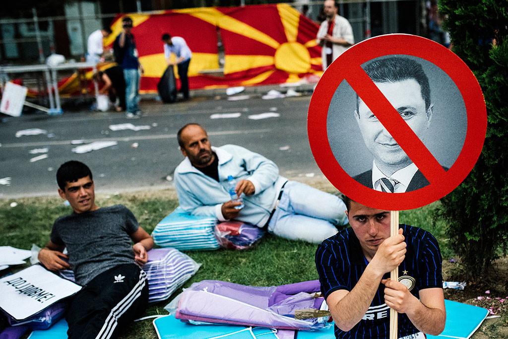 VIDEO: La oposición se manifiesta en Skopie, Macedonia