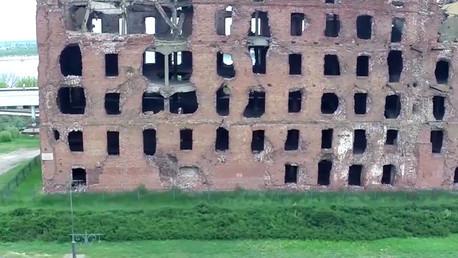 Impactante video: Un dron captura un molino intacto desde la Batalla de Stalingrado