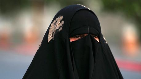 """Estado Islámico: """"El sexo forzado no es violación, deberían estar agradecidas"""""""