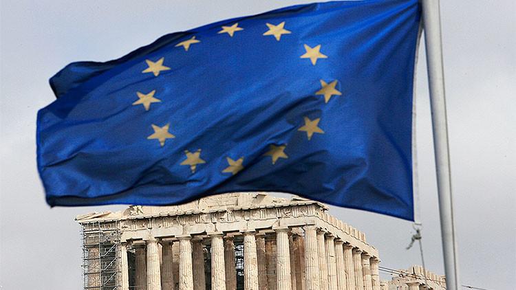 El ministro de Economía italiano opina que es probable que Grecia salga de la zona euro