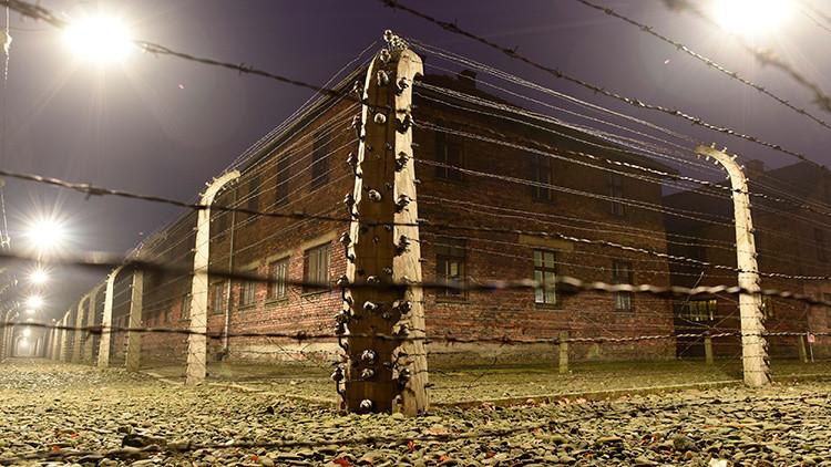 """""""Mi bella infancia en Auschwitz"""": Cómo es ser la hija del jefe del campo de la muerte"""