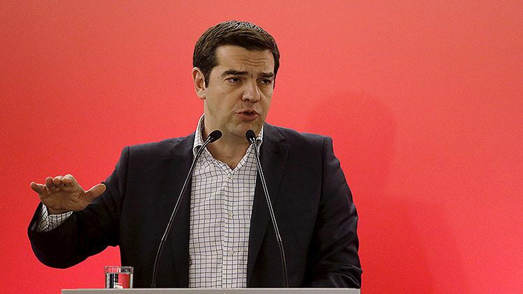 """Tsipras: """"Grecia es la primera víctima de la abolición completa de la democracia en Europa"""""""
