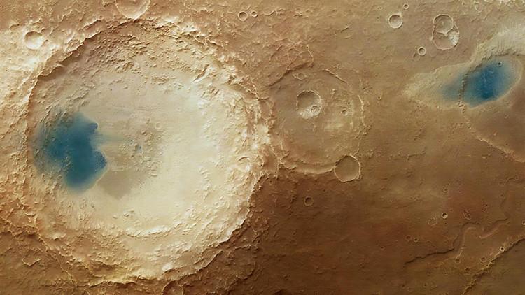 ¿Qué son las misteriosas 'lagunas azules' captadas en la superficie de Marte?