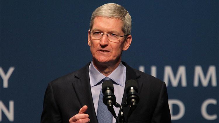 ¿Por qué el director ejecutivo de Apple arremete contra el Gobierno de EE.UU.?