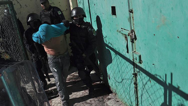 México: Filtran un video aterrador de la masacre en el penal de La Pila