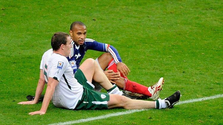 'La mano de Henry': Blatter sobornó a Irlanda para que no denunciase la polémica jugada