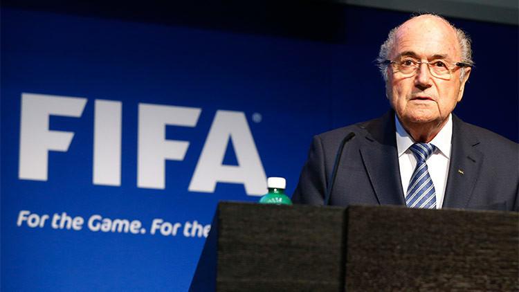 El jefe de la asociación del Fútbol de Inglaterra cree que Blatter irá a la cárcel