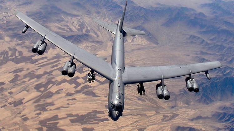 Fotos: Bombarderos B-52 de EE.UU. maniobran en la frontera occidental de Rusia