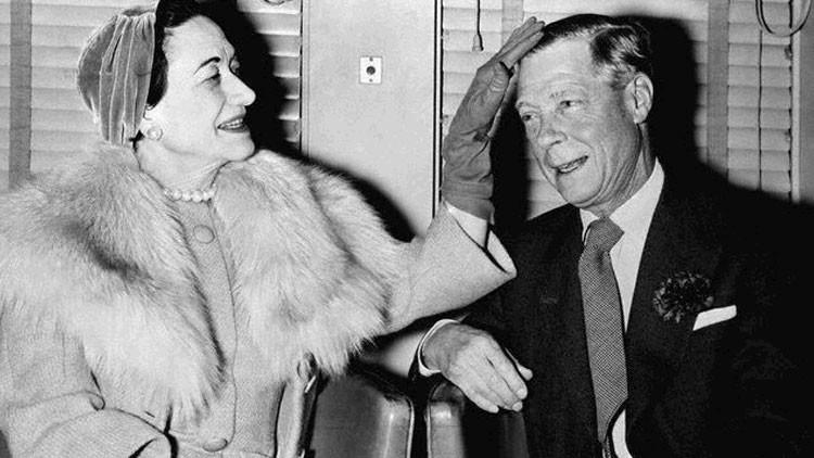 "Revelado: El duque de Windsor instó a bombardear Inglaterra ""por la paz"""