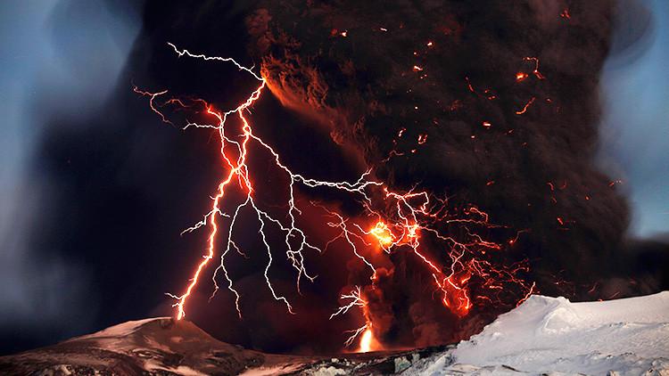 Un nuevo método permite calcular en minutos por dónde saldrá el magma de un volcán