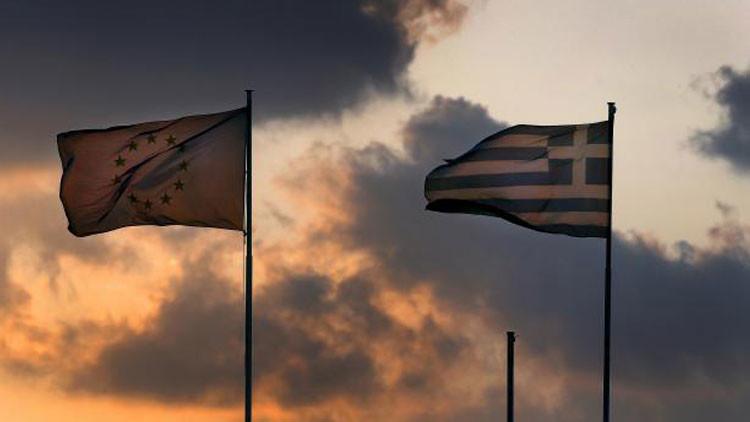 ¿Por qué la retirada de Grecia de la UE conllevaría una crisis parecida a la de Lehman Brothers?