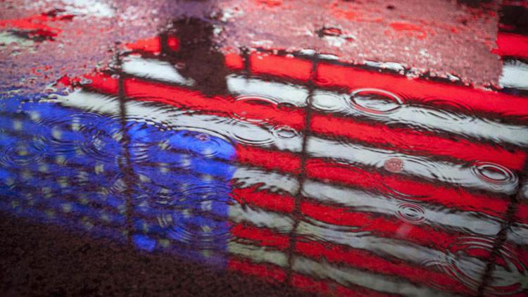 """""""Ninguna nación experimentó un descenso de poder tan rápido como EE.UU."""""""