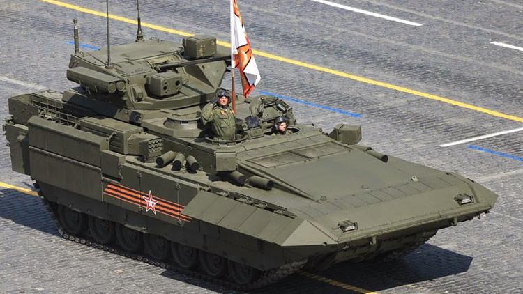 """Medios occidentales elogian al Armata T-14, que """"adelantó a Occidente en 20 años"""""""