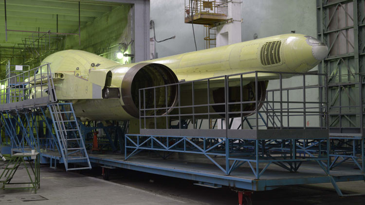 Fotos: Cómo se ensambla el nuevo cazabombardero ruso Su-34
