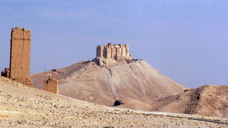 Fotos: La nueva base del EI en una lujosa mansión de la familia real de Catar en Palmira