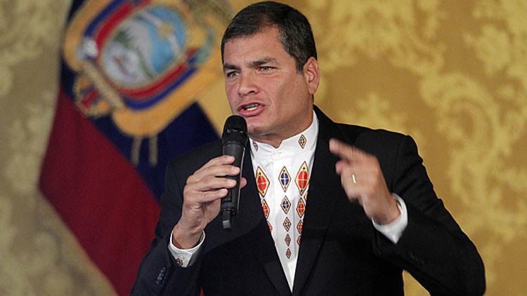 """Correa: """"Aquí nadie se me cansa, más firmes que nunca"""""""