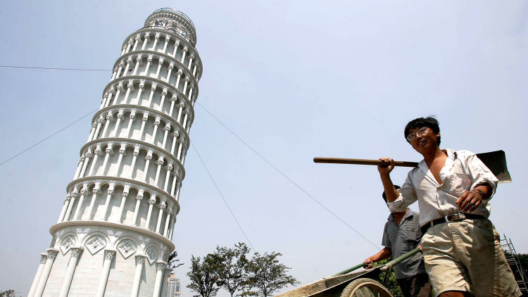 Estudio: Una antigua torre china desbanca a la de Pisa en inclinación (FOTO, VIDEO)