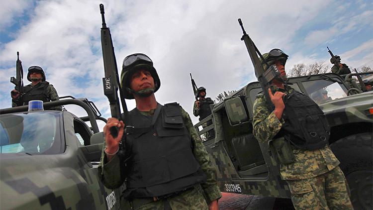 Video: Denuncian que la Marina mexicana lanzó granadas a civiles desde helicópteros