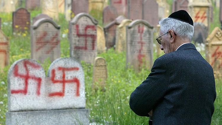 El legado vivo de Hitler: Los alemanes más antisemitas fueron escolares del régimen