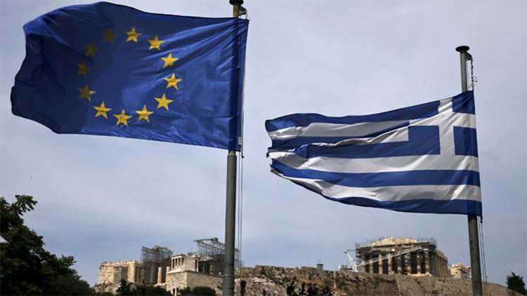"""""""Grecia y la UE creen en un árbol mágico que produce dinero de la nada"""""""