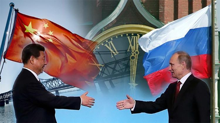"""Rusia y China, """"una unión geopolítica contraída en los cielos"""""""