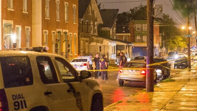 EE.UU. sacudido por dos tiroteos seguidos con múltiples víctimas