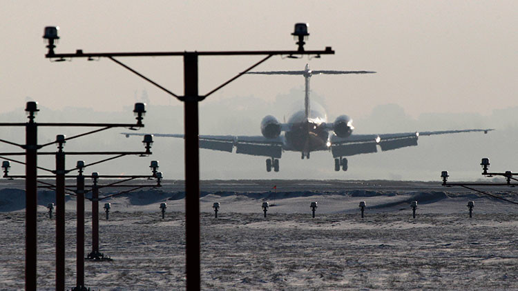 Polonia: El aeropuerto de Varsovia cancela vuelos por un ataque de 'hackers'