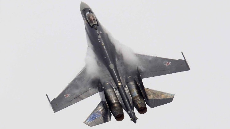 Diez cazas rusos ultramodernos Su-35 y Su-30SM refuerzan las fronteras con la UE