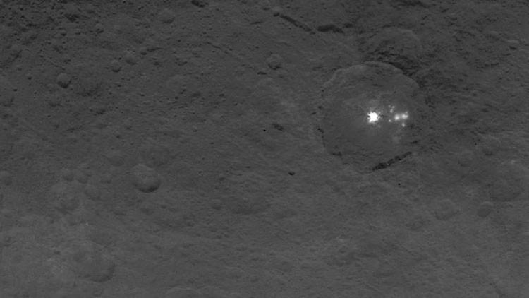 La NASA publica imágenes de una 'pirámide' misteriosa en el planeta enano Ceres