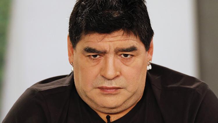 "Maradona: ""Grondona nos entregó en la final del Mundial de 1990"""