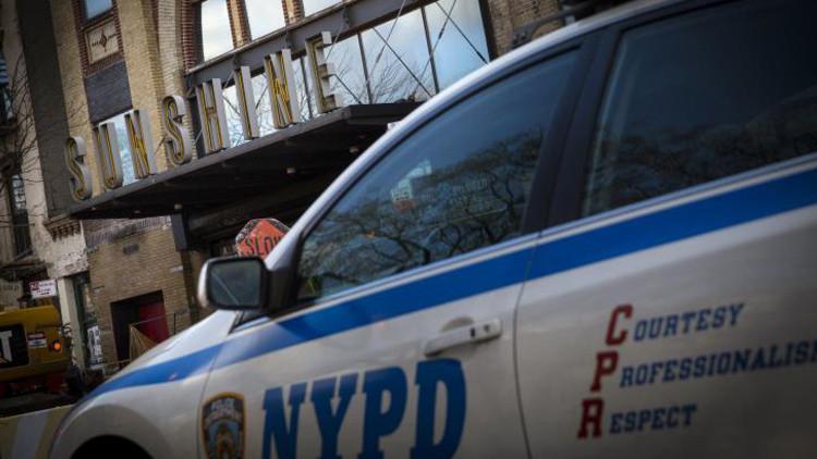 """Video: Policías de EE.UU. son agredidos porque se les ve """"como los malos de la película"""""""