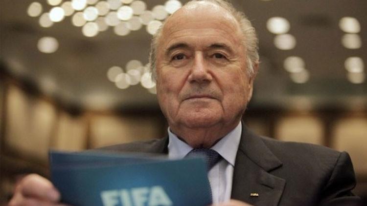 La FIFA confirma que Blatter no renuncia a su cargo