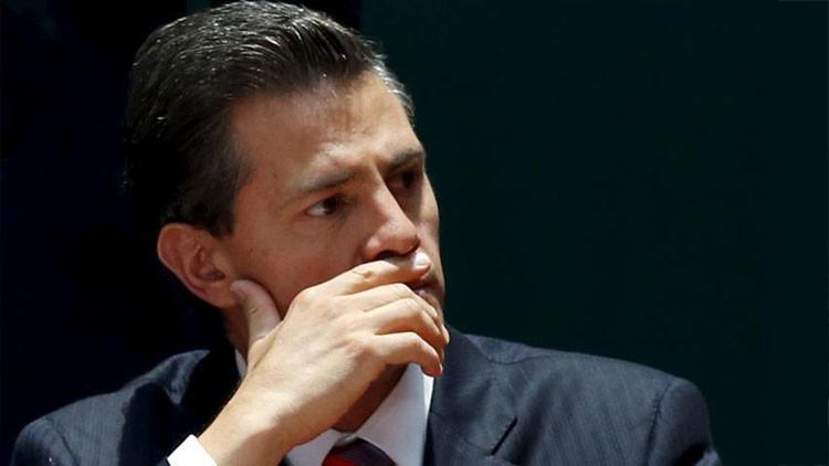 Someten a Enrique Peña Nieto a una operación quirúrgica