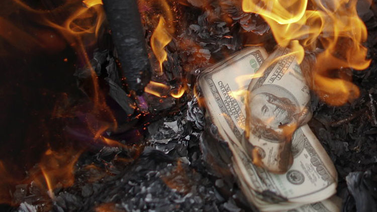 Medios: El objetivo de Rusia y China es acabar con el dominio del dólar