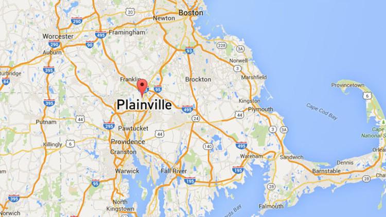 EE.UU.: Tres muertos al estrellarse una avioneta sobre una casa en Massachusetts