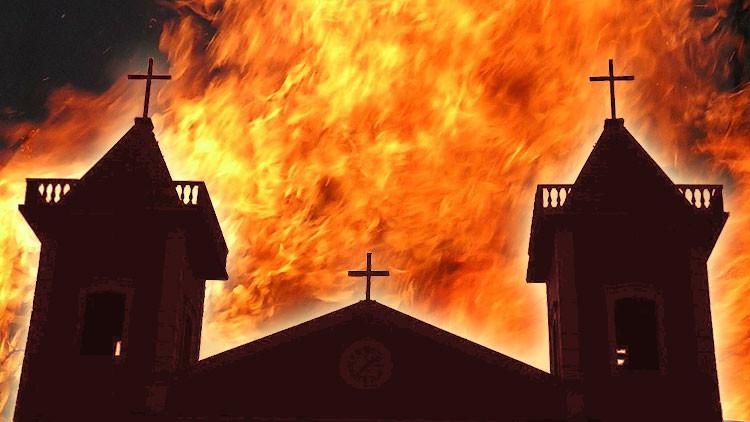 ¿Prende la ola racista en EE.UU.?: Arden 6 iglesias negras en una semana