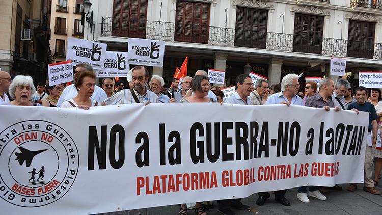 """""""No a la guerra, no a la OTAN"""": En España protestan contra el Convenio de Defensa con EE.UU."""