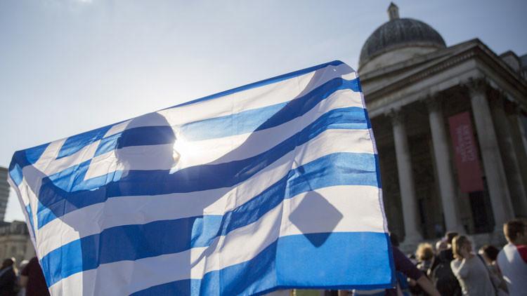 """Nobel de Economía explica """"fuerte y claro"""" por qué Grecia no debe temer abandonar el euro"""