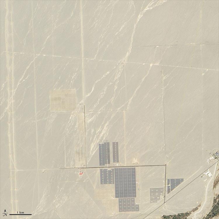 Planta solar en desierto Gobi en 2012