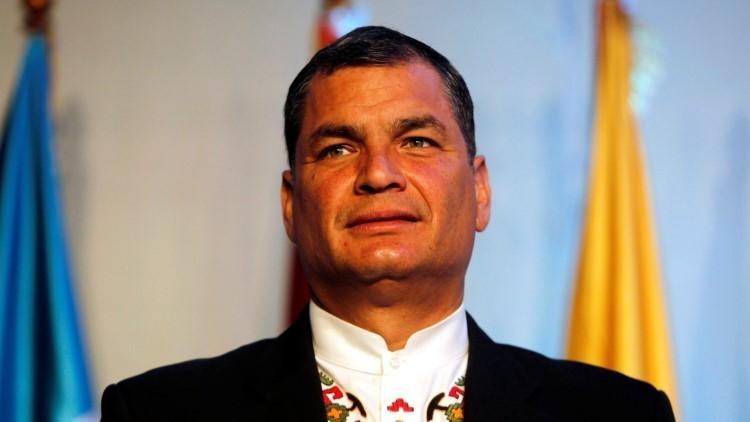 Miles de ecuatorianos salen a la calle para apoyar el gobierno de Rafael Correa