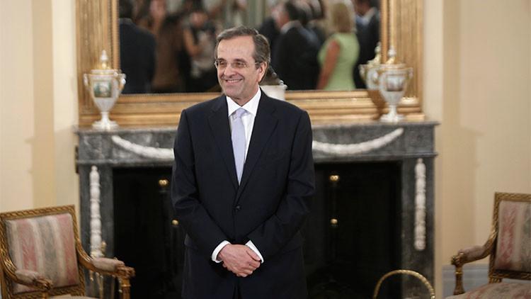 Antonis Samaras asume el cargo