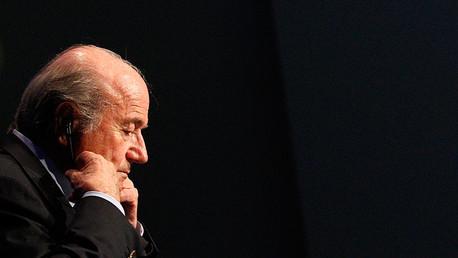 Blatter renuncia
